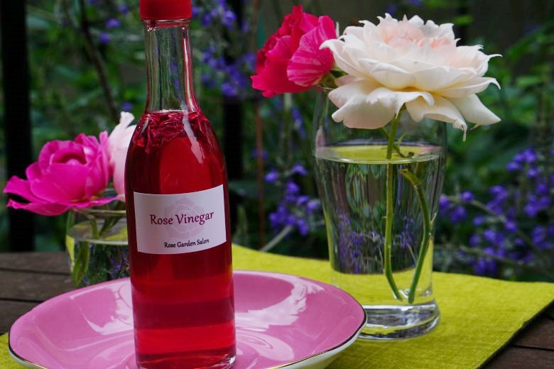 rose-vinegar