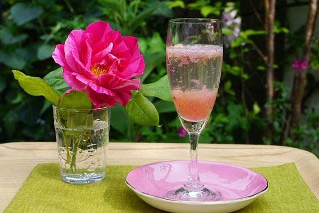 rose-jam-soda