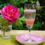 5月限定で楽しめる、バラのジャム