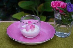 バラのアイスクリーム